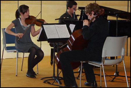 Olatz Ruiz , violín